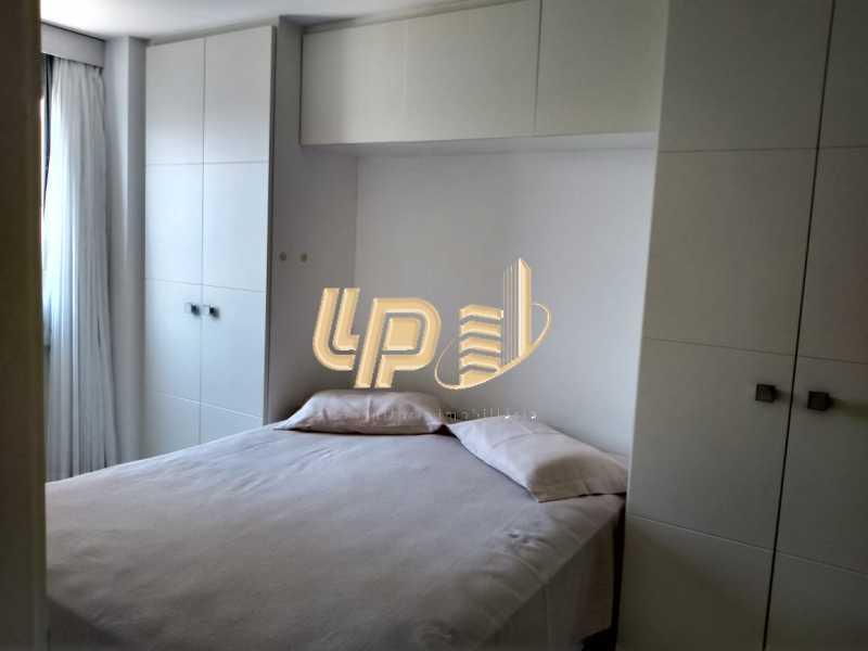 PHOTO-2020-01-28-14-35-23_3 - Apartamento Para Alugar no Condomínio VILLA BORGHESE - Barra da Tijuca - Rio de Janeiro - RJ - LPAP20942 - 20