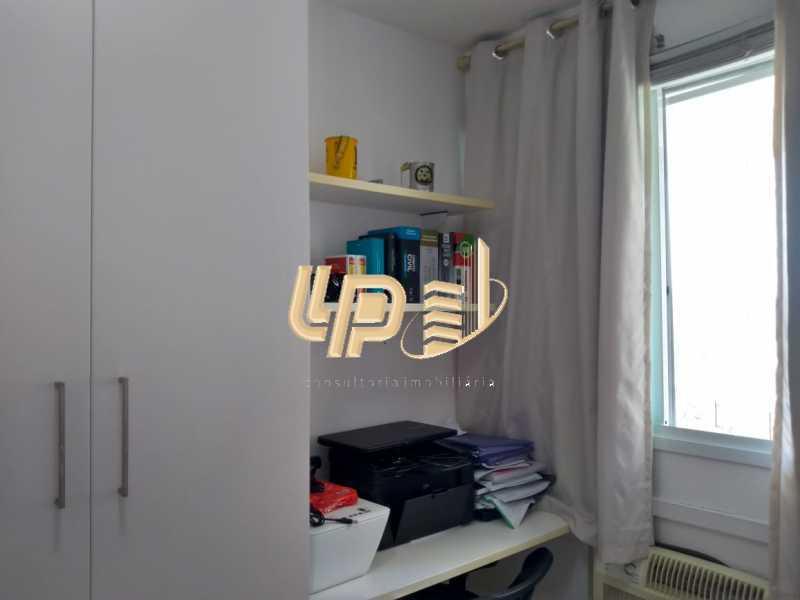 PHOTO-2020-01-28-14-35-26_1 - Apartamento Para Alugar no Condomínio VILLA BORGHESE - Barra da Tijuca - Rio de Janeiro - RJ - LPAP20942 - 25