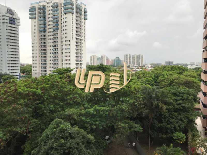 PHOTO-2020-02-03-10-12-46_1 - Apartamento À Venda no Condomínio VILLA BORGHESE - Barra da Tijuca - Rio de Janeiro - RJ - LPAP20943 - 3