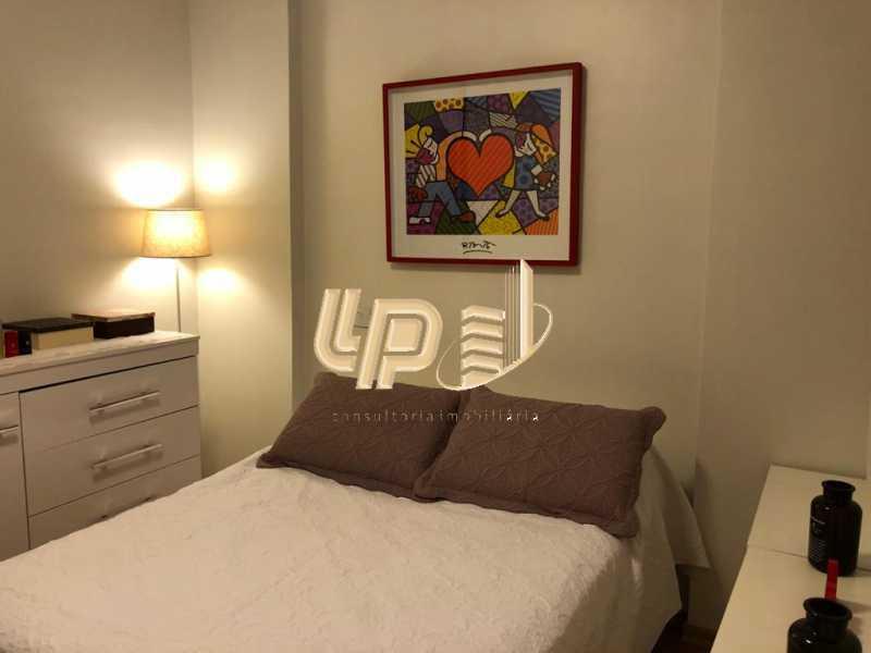 PHOTO-2020-03-05-15-52-54 - Apartamento Condomínio BLUE COAST, Barra da Tijuca, Rio de Janeiro, RJ À Venda, 2 Quartos, 65m² - LPAP20950 - 16