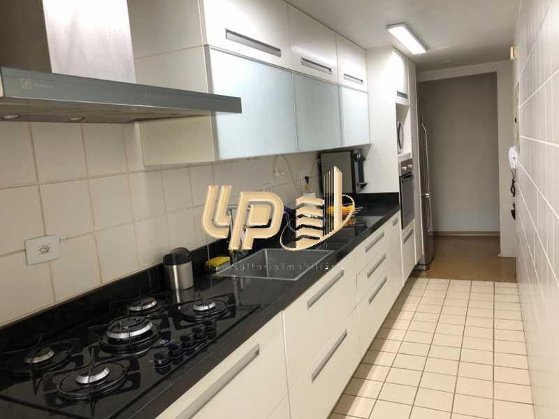 PHOTO-2020-03-05-15-52-54_3 - Apartamento Condomínio BLUE COAST, Barra da Tijuca, Rio de Janeiro, RJ À Venda, 2 Quartos, 65m² - LPAP20950 - 19