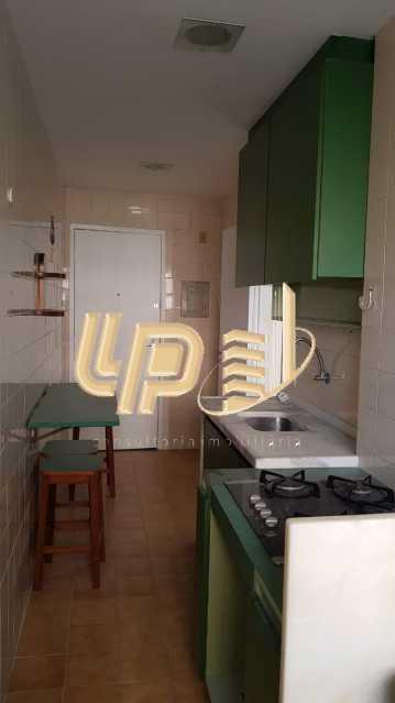e0d3d37d-b963-4e99-bc97-5ebce0 - Apartamento a venda no Condominio Parque das Rosas - LPAP21004 - 19