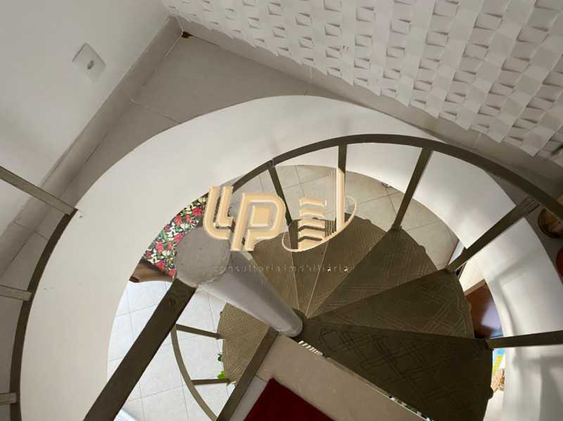 ef4f720b-4d4e-4c39-b068-19126d - cobertura a venda no Parque das rosas - LPCO20024 - 25