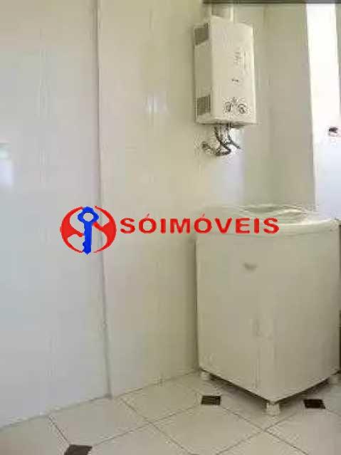 ST11 - Em Santa Tereza excelente apartamento de dois quartos com varanda sala, banheiros, área de serviço. Oportunidade - LBAP23339 - 12