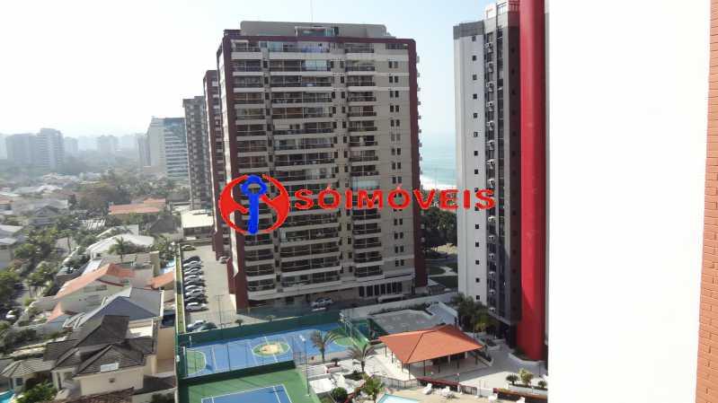 2 - MARAVILHOSO APART-HOTEL NA BARRA DA TIJUCA COM 70 M². - LBFL20043 - 3