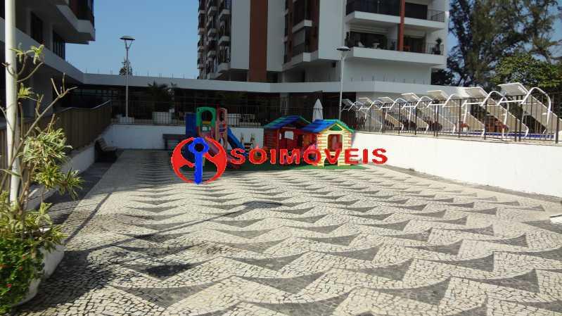 21 - MARAVILHOSO APART-HOTEL NA BARRA DA TIJUCA COM 70 M². - LBFL20043 - 22