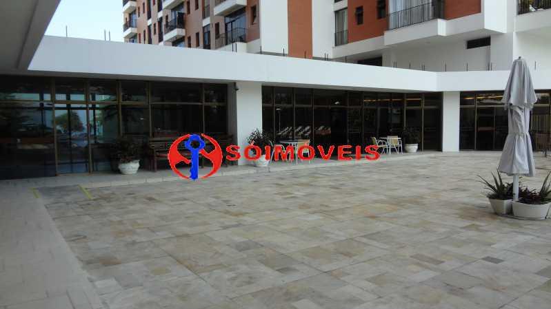 28 - MARAVILHOSO APART-HOTEL NA BARRA DA TIJUCA COM 70 M². - LBFL20043 - 29