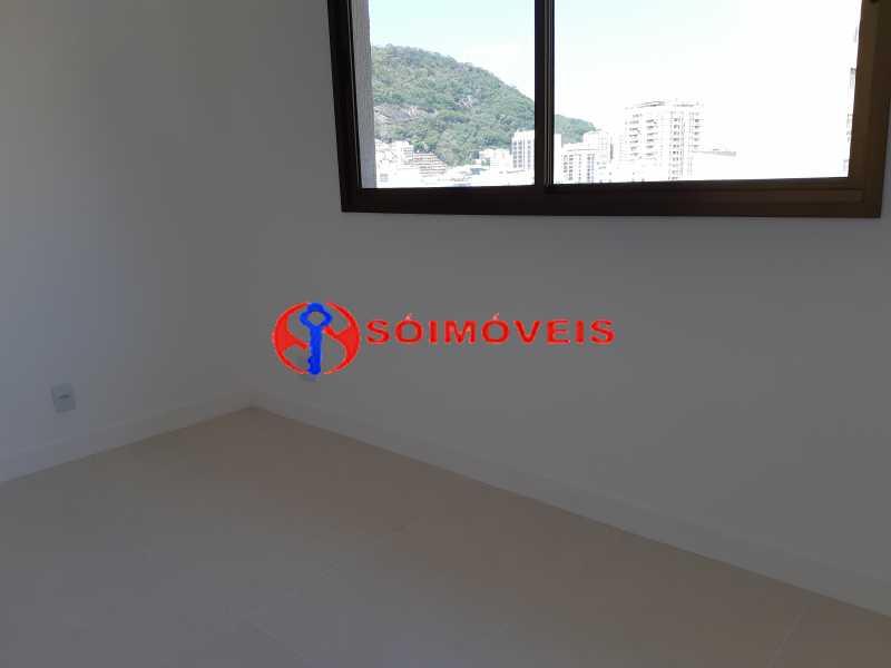 20180913_101303 - Cobertura Linear em Botafogo, prédio novo, 3 suítes, varandão em U, churrasqueira e piscina, vista verde e Cristo, 232m², 2 vagas na escritura. Total infra. - LBCO30306 - 8