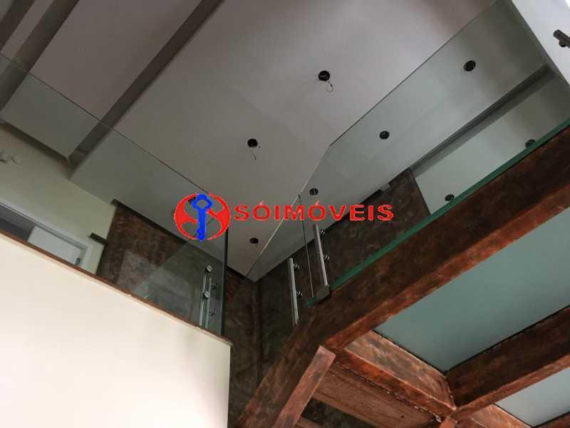 GSM 3 - No Leblon em ponto nobre prédio de três andares para comércio. - LBPC00002 - 4