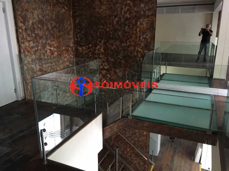 GSM 12 - No Leblon em ponto nobre prédio de três andares para comércio. - LBPC00002 - 13