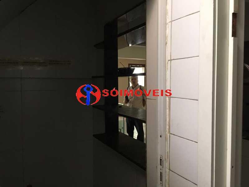 GSM 19 - No Leblon em ponto nobre prédio de três andares para comércio. - LBPC00002 - 20