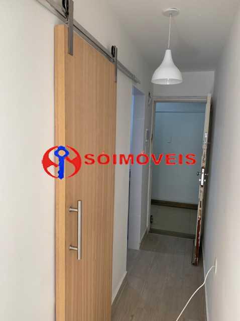 b413c129-2369-4b64-a347-4b5e67 - Apartamento à venda Copacabana, Rio de Janeiro - R$ 400.000 - FLAP00709 - 16