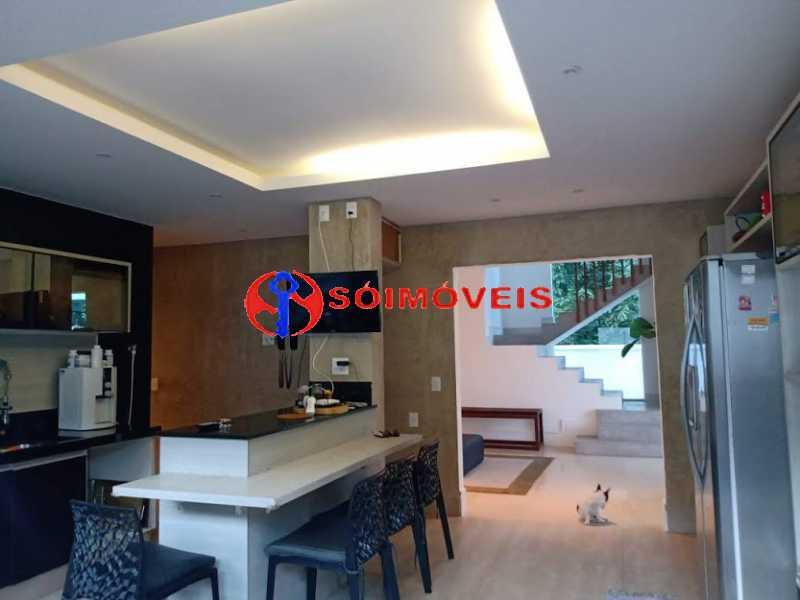 AI 6 - No Itanhangá magnífica casa triplex com uma infra estrutura sensacional. - LBCN50028 - 11