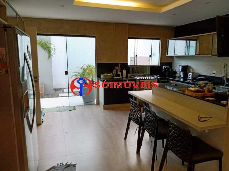 AI 7 - No Itanhangá magnífica casa triplex com uma infra estrutura sensacional. - LBCN50028 - 12