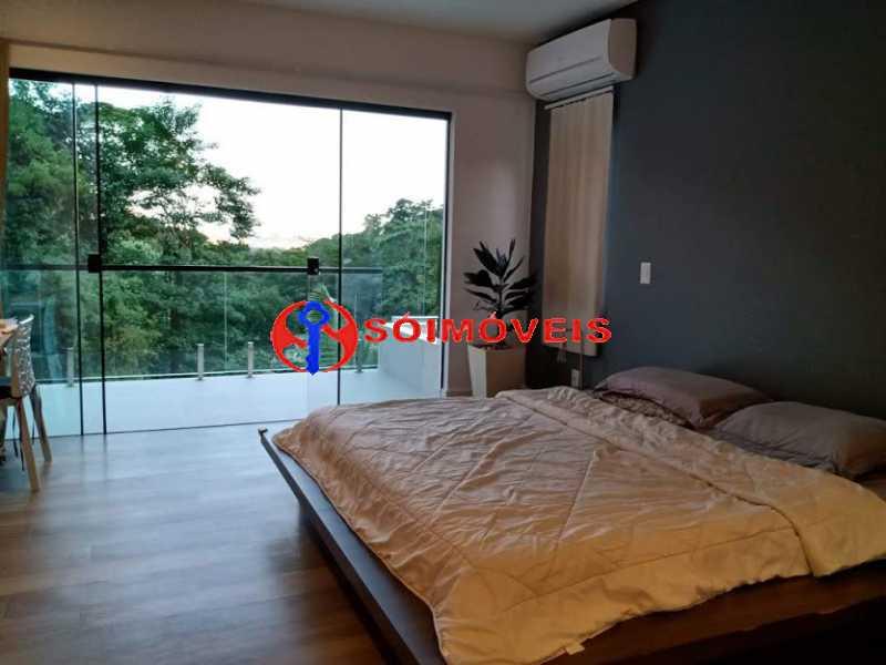AI 12 - No Itanhangá magnífica casa triplex com uma infra estrutura sensacional. - LBCN50028 - 15