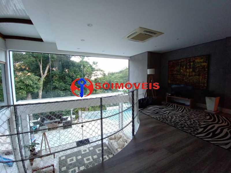 AI 18 - No Itanhangá magnífica casa triplex com uma infra estrutura sensacional. - LBCN50028 - 19