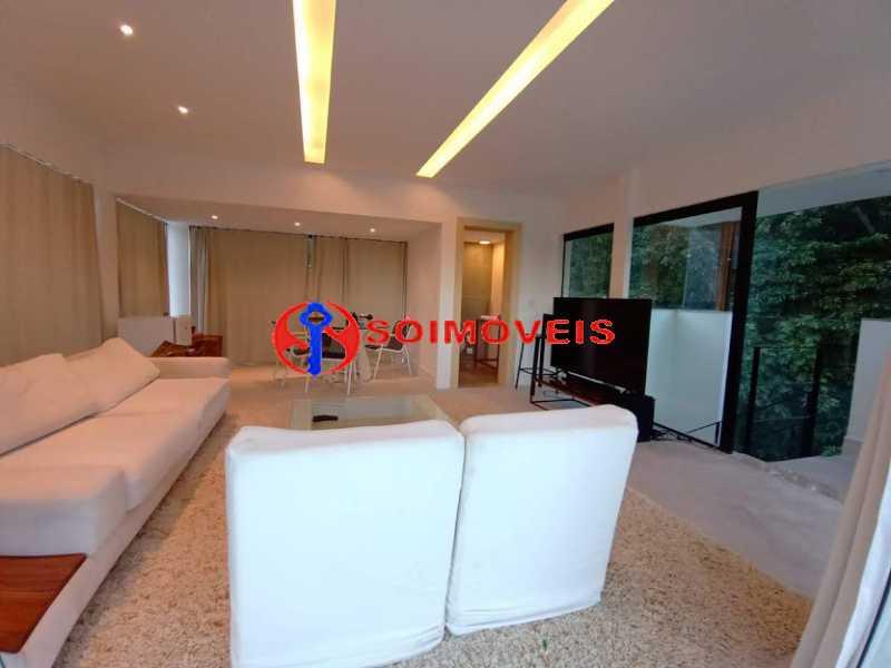 AI 20 - No Itanhangá magnífica casa triplex com uma infra estrutura sensacional. - LBCN50028 - 24
