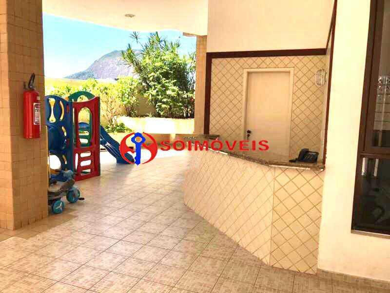 14 - Excelente apartamento em Rua nobre. Apartamento amplo com varandão. Total infra - LBAP23251 - 15