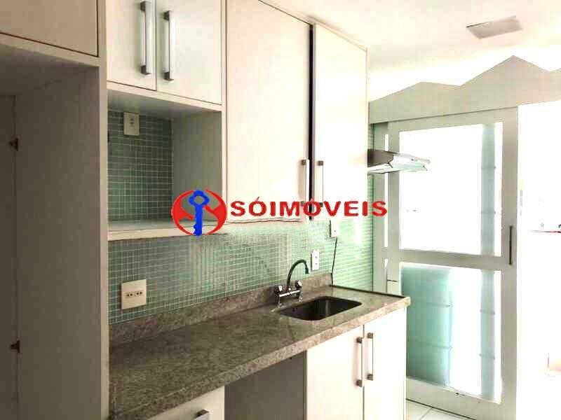 11 - Excelente apartamento em Rua nobre. Apartamento amplo com varandão. Total infra - LBAP23251 - 12
