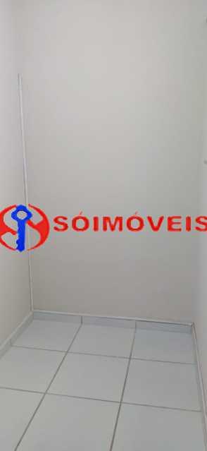 1dc9979c-5522-4944-a4bc-5c643e - Apartamento reformado, claro e arejado, 2 quartos com dependência. - LBAP23270 - 6