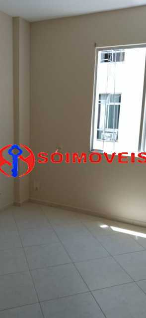 81bcb2f0-84c8-47e8-8773-2b9b7a - Apartamento reformado, claro e arejado, 2 quartos com dependência. - LBAP23270 - 13