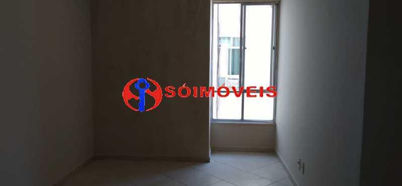 385c33cb-a664-45d2-97b5-6f1a26 - Apartamento reformado, claro e arejado, 2 quartos com dependência. - LBAP23270 - 16