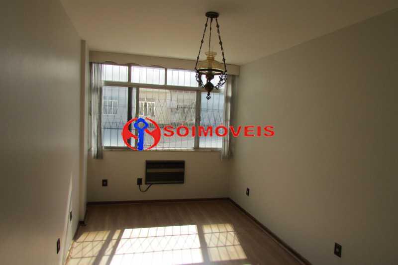 IMG_0375 - Oportunidade! Sala, 2 quartos, banheiro social, cozinha, vaga na escritura. - LBAP23516 - 3
