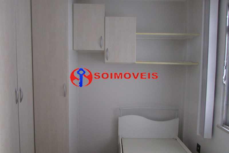 IMG_0385 - Oportunidade! Sala, 2 quartos, banheiro social, cozinha, vaga na escritura. - LBAP23516 - 6