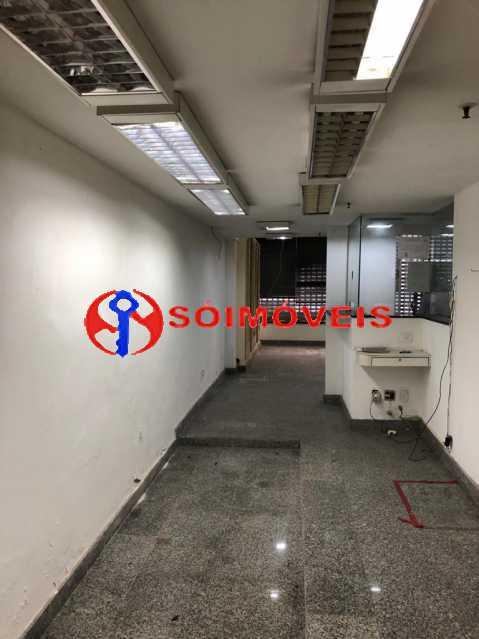 a6a6548e-266a-466c-9890-64c6d6 - Prédio comercial com 5 pavimentos - POPR00004 - 21