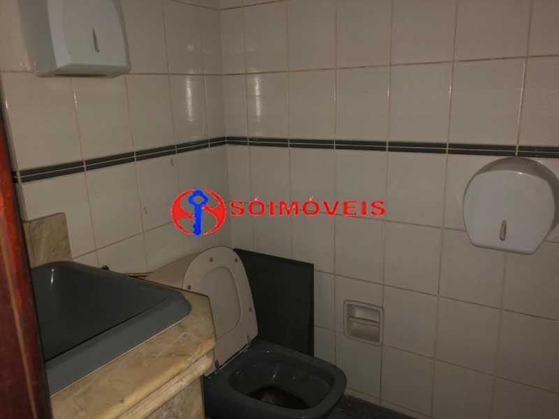 d9a8cd25-f797-4a5e-b1de-0fcf70 - Prédio comercial com 5 pavimentos - POPR00004 - 26
