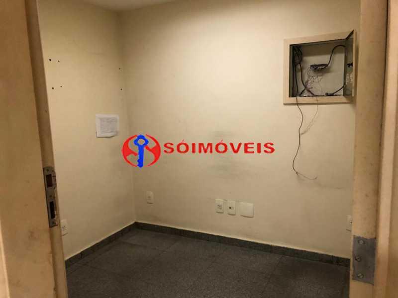 fdc08280-1a7b-41b7-881d-ccfca8 - Prédio comercial com 5 pavimentos - POPR00004 - 31