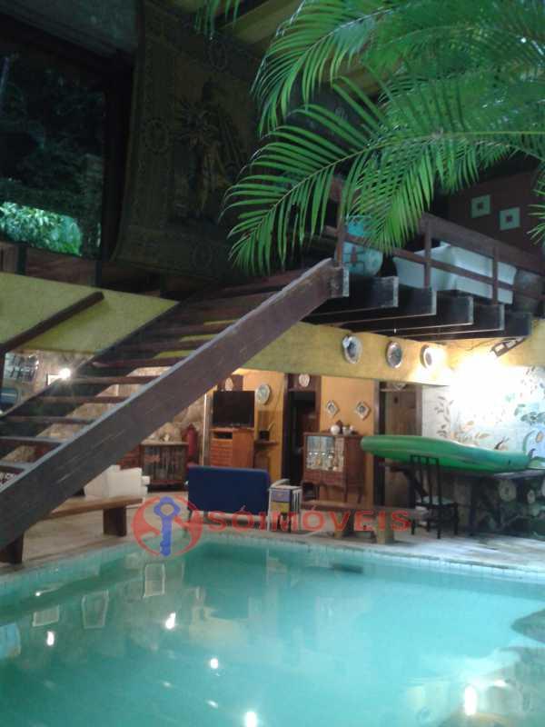 20160301_164758 - Linda casa no Jardim Botânico com piscina e vista deslumbrante para a Lagoa Rodrigo de Freitas.( 765 m² de área construída). Rua tranquila e silenciosa com guarita de segurança 24 hs. Oportunidade ! - LBCA40030 - 13