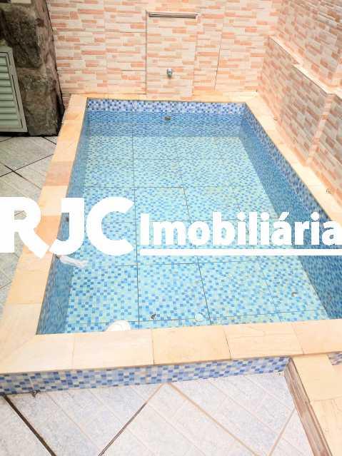 IMG_20191023_125430510 - Casa de Vila 3 quartos à venda São Cristóvão, Rio de Janeiro - R$ 600.000 - MBCV30139 - 24