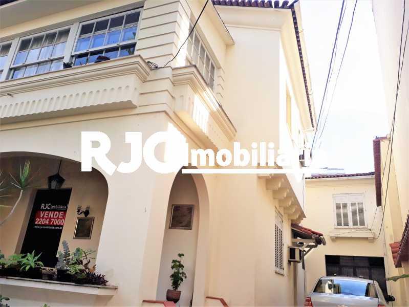 FOTO 2 - Casa 4 quartos à venda Rio Comprido, Rio de Janeiro - R$ 890.000 - MBCA40157 - 3