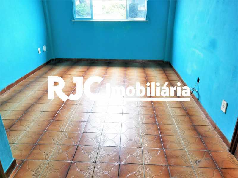 FOTO 3 - Apartamento 2 quartos à venda Del Castilho, Rio de Janeiro - R$ 175.000 - MBAP24548 - 4