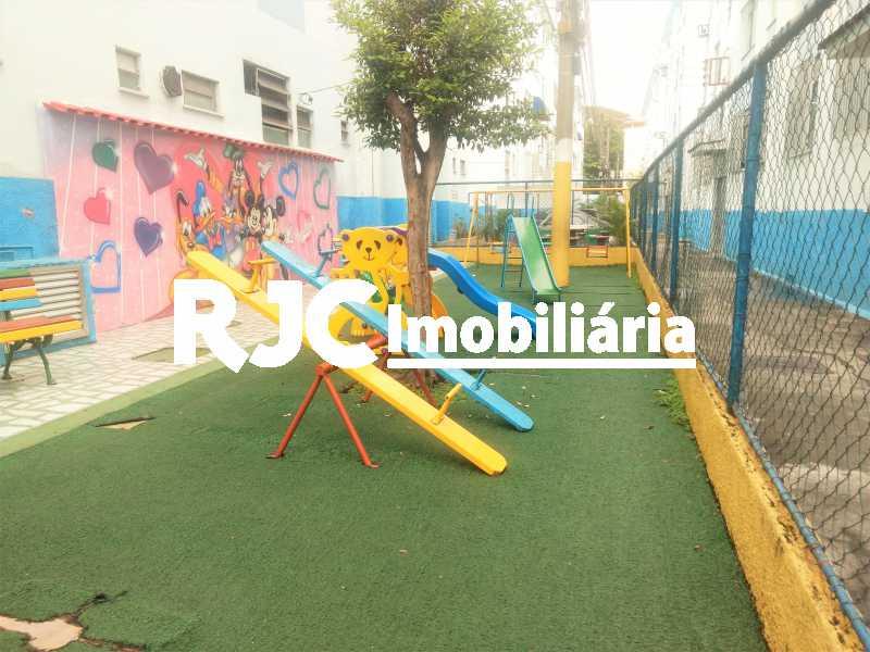 FOTO 15 - Apartamento 2 quartos à venda Del Castilho, Rio de Janeiro - R$ 175.000 - MBAP24548 - 16