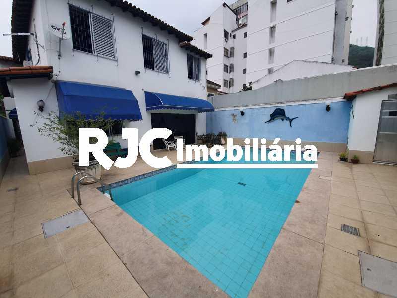 1 piscina - Casa 5 quartos à venda Grajaú, Rio de Janeiro - R$ 1.680.000 - MBCA50078 - 22