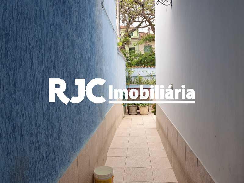 9 çlateral - Casa 5 quartos à venda Grajaú, Rio de Janeiro - R$ 1.680.000 - MBCA50078 - 23