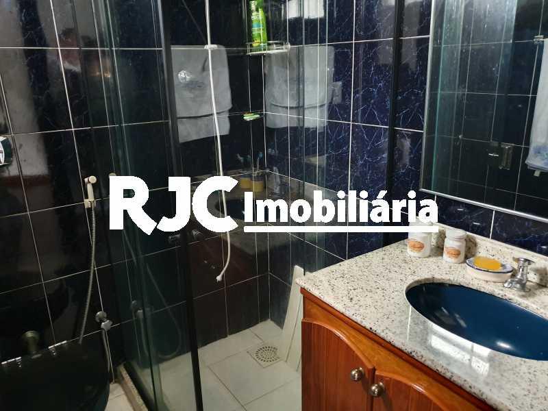 14 banheiro suite - Casa 5 quartos à venda Grajaú, Rio de Janeiro - R$ 1.680.000 - MBCA50078 - 12