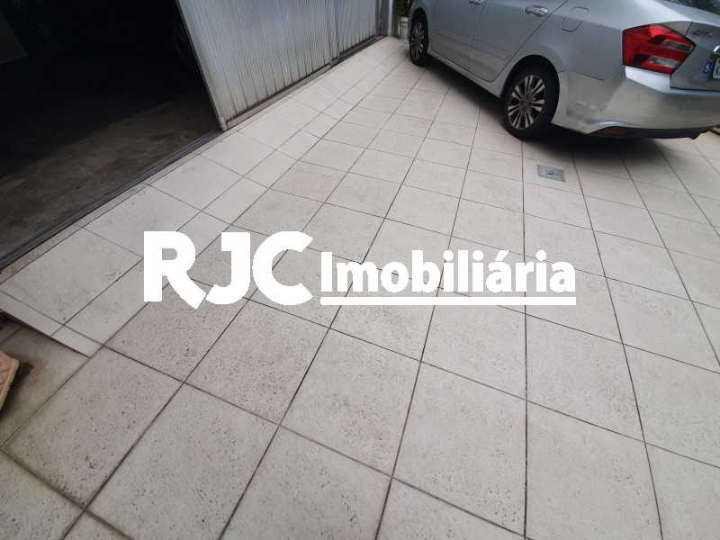 28 parte garagemoberta - Casa 5 quartos à venda Grajaú, Rio de Janeiro - R$ 1.680.000 - MBCA50078 - 31