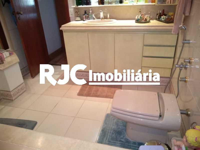 18 - Casa 3 quartos à venda Tijuca, Rio de Janeiro - R$ 975.000 - MBCA30188 - 24