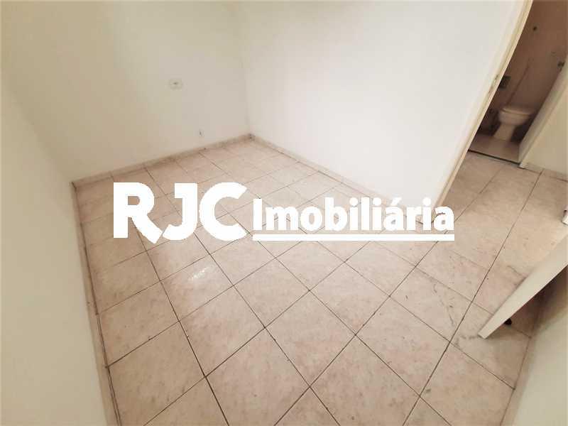 FOTO 22 - Casa 3 quartos à venda Tijuca, Rio de Janeiro - R$ 649.000 - MBCA30189 - 23