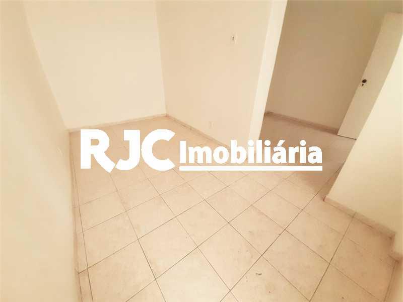 FOTO 25 - Casa 3 quartos à venda Tijuca, Rio de Janeiro - R$ 649.000 - MBCA30189 - 26