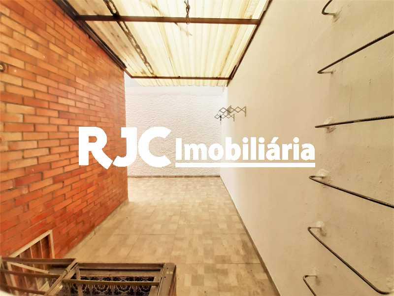 FOTO 27 - Casa 3 quartos à venda Tijuca, Rio de Janeiro - R$ 649.000 - MBCA30189 - 28
