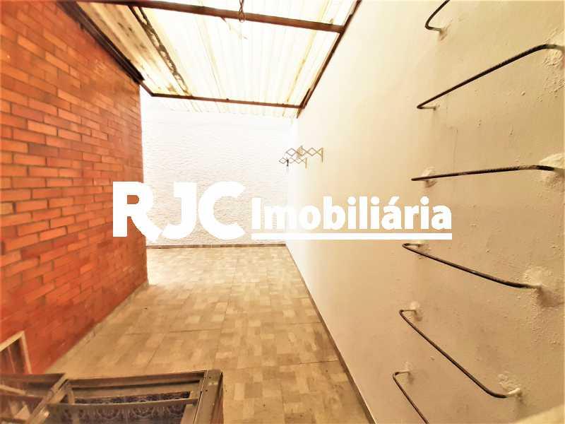 FOTO 28 - Casa 3 quartos à venda Tijuca, Rio de Janeiro - R$ 649.000 - MBCA30189 - 29