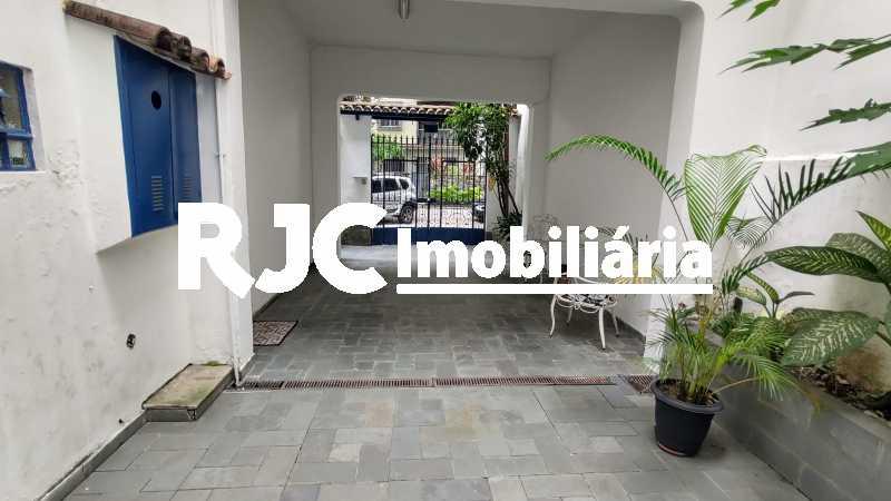 IMG_20191210_104646340_HDR - Casa 3 quartos à venda Tijuca, Rio de Janeiro - R$ 980.000 - MBCA30190 - 12