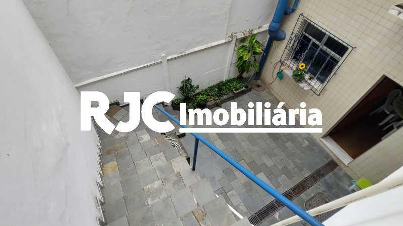 IMG_20191210_105428905_HDR - Casa 3 quartos à venda Tijuca, Rio de Janeiro - R$ 980.000 - MBCA30190 - 30