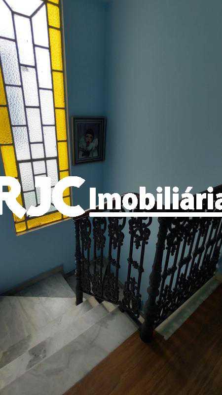 IMG_20191210_105459309_HDR - Casa 3 quartos à venda Tijuca, Rio de Janeiro - R$ 980.000 - MBCA30190 - 31