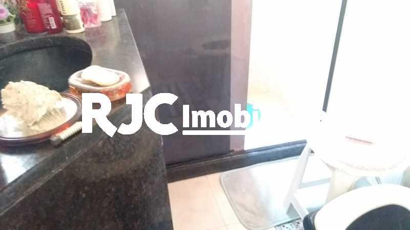 IMG_20200209_104320628 - Cobertura 2 quartos à venda Praça da Bandeira, Rio de Janeiro - R$ 360.000 - MBCO20157 - 17
