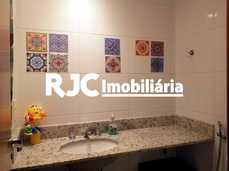 10    Banheiro. - Cobertura 3 quartos à venda Praça da Bandeira, Rio de Janeiro - R$ 920.000 - MBCO30340 - 12